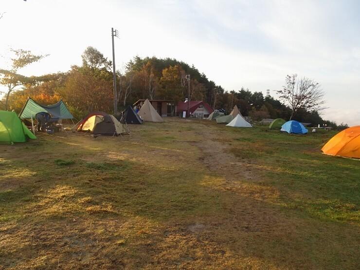 陣馬形山キャンプ場 テントサイト