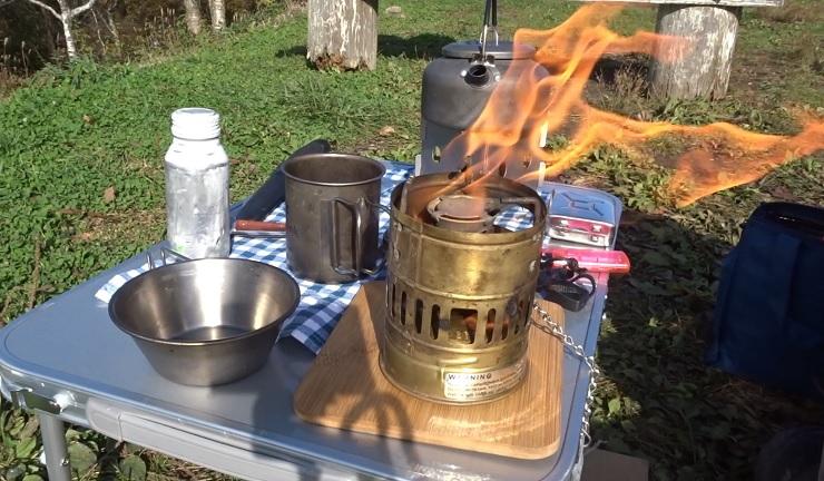 スベア123Rで朝食作り