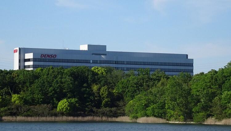愛知池 デンソーの先端技術研究所