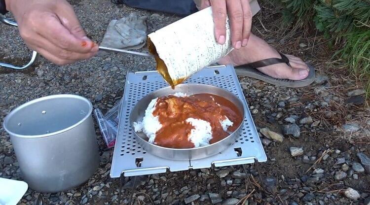 ピークス付録フライパンは皿として使うのがおすすめ