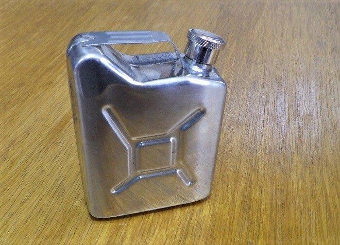 ジェリ缶ミニを燃料ボトルとして使用