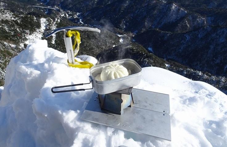 登山飯 メスティンで作る肉まん