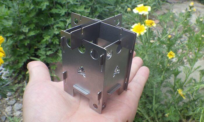 コンパクトな焚き火台BushBoxマイクロ ストーブ EDC BOXの特徴