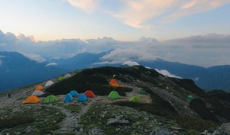 モビガーデン 山岳テントをテント泊登山で使用@北岳 肩の小屋
